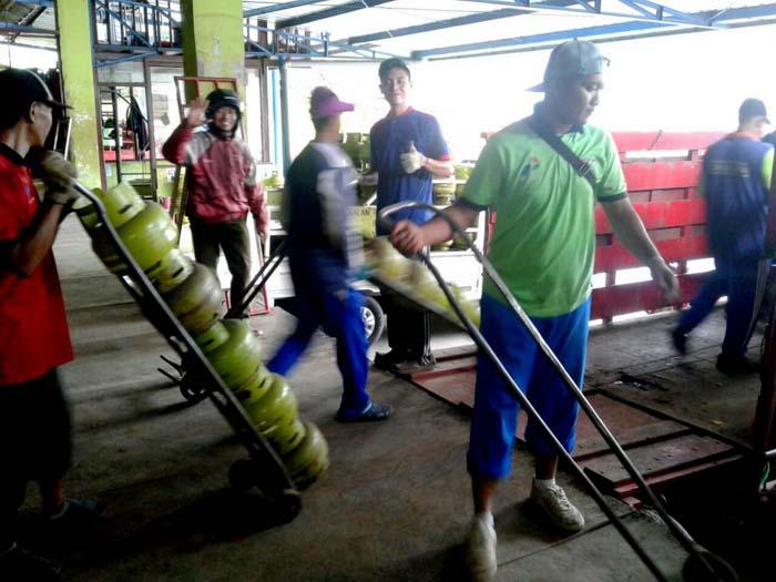 Permintaan gas elpiji 3 kilogram atau gas melon meningkat 5 hingga 10 persen