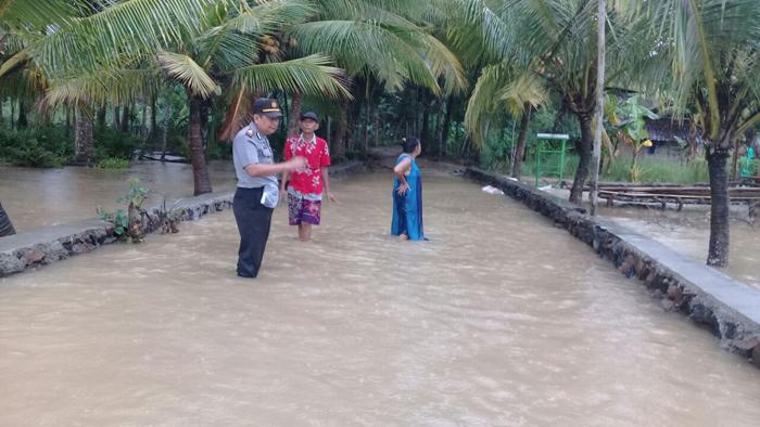 Kondisi rumah warga hancur akibat dilanda musibah banjir