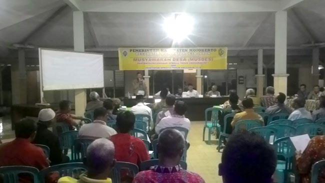 Danpos Ramil Bersama Forpimka Mojoanyar Hadiri Musyawarah Desa Jabon