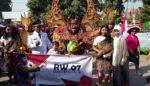 1000  Warga Krembung Ramaikan Karnaval Peringati HUT RI Ke-73