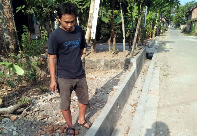 Drainase yang baru dibangun di Dusun Bendet Desa Pagerngumbuk. (par)