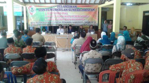 Suanana pelantikan Perangkat Desa Randuharjo Kec. Pungging