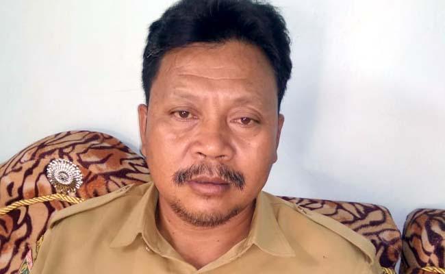 Suharto Kepala Desa Sukodono. (H.Mansyur Usman/Memontum.Com)