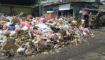 Sampah Menumpuk, Warga Pasar Lawang Resah