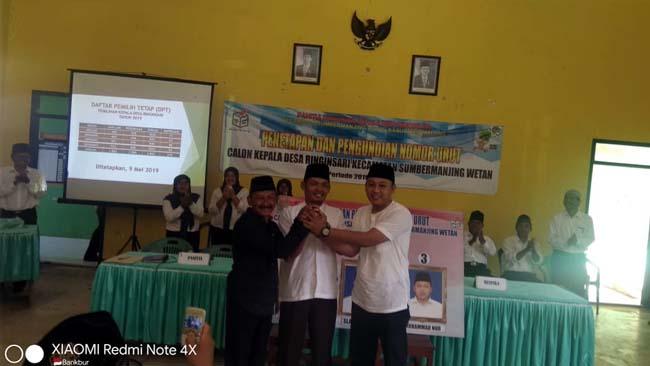 Tiga Calon Kades Ringinsari, Pujiono, Slamet Winari dan Muhammad Nur SH. (H Mansyur Usman/Memontum.Com)