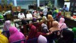Emak-Emak Pilih Wakil Duduki BPD Kalidawir