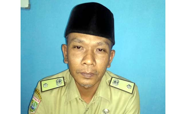 Bambang Setyono, Kepala Desa Srigonco. (sur)