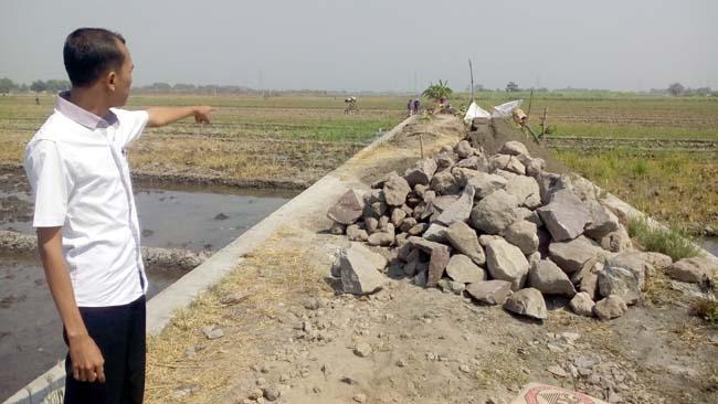 Jalan Baru Desa Keper Tingkatkan Penghasilan Petani