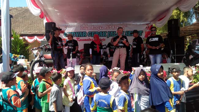 Kecamatan Junrejo Gelar Perayaan HUT RI ke 74, Diawali Gerak Jalan Sehat