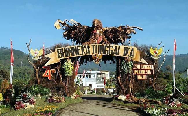 Gapura Warga Sukorembug Wakili Kota Batu, Masuk 10 Besar Nasional