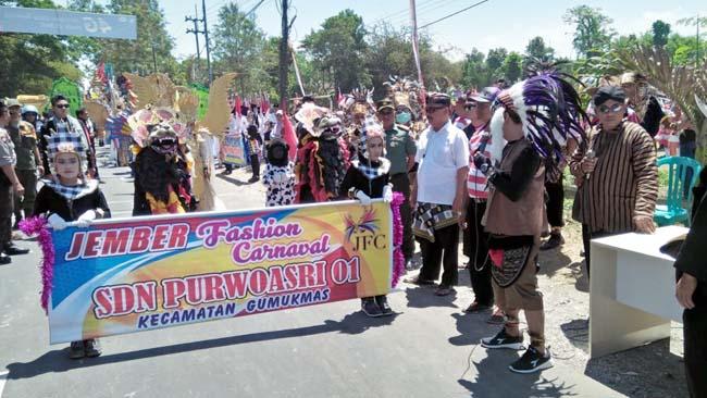 Gumukmas Fashion Carnival Spektakuler!