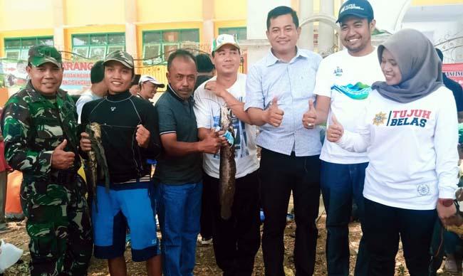 Camat Singosari, Bagus Sulistyawan AP, M.Si Bersama Muspika dan Pejabat Kelurahan Pagentan. (Ist)