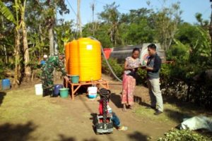 Sabar..! Masyarakat Desa Sawaran Lor Klakah Lumajang Krisis Air Bersih